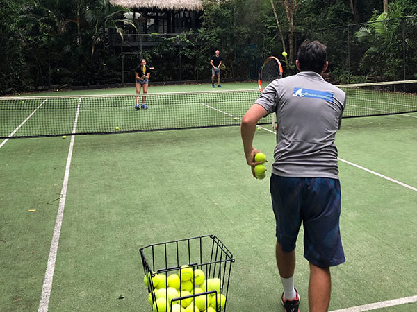 tennis lessons noosa qld